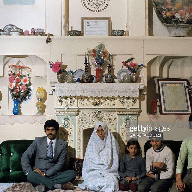 یلدای خانواده ایرانی در سال 54
