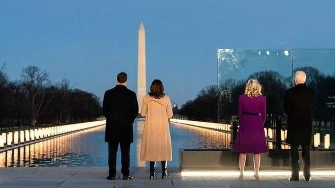 تصویر جالبی از حضور بایدن و کاملا هریس در واشنگتن