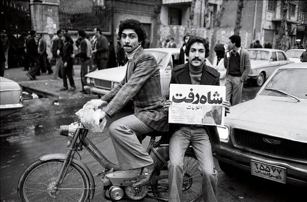 آخرین روزهای شاه در تهران به روایت سفیر آمریکا / دستور مستقیم واشنگتن برای خروج از ایران/ شاه بیش از حد توقع داشت!