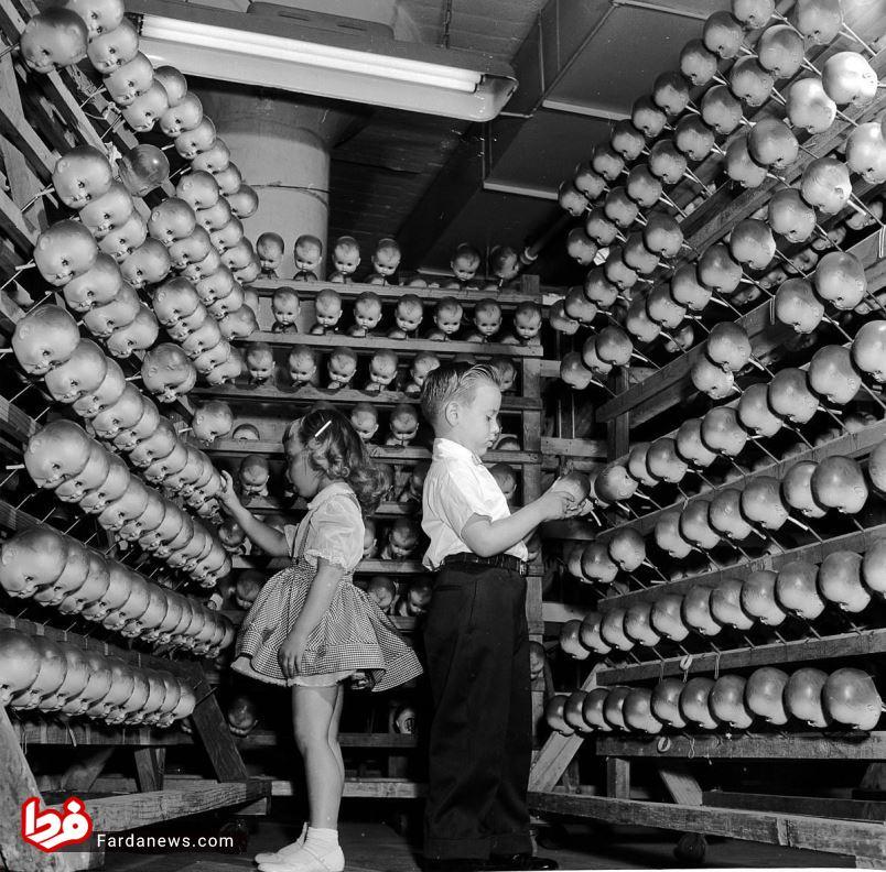 کارخانه عروسکسازی در 70 سال پیش
