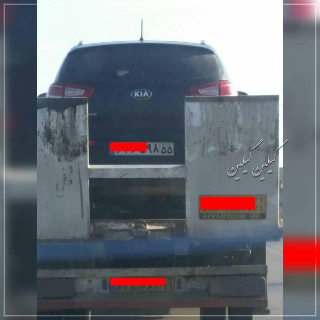 ماشینشون رو اینجوری رد کردن از پلیس راه ! مسافرهاشم توش بودند !
